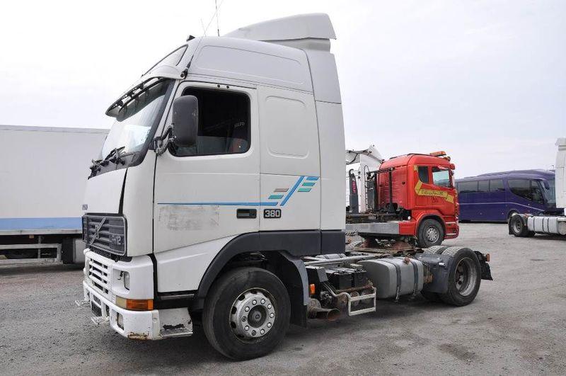dragbil VOLVO FH12 380