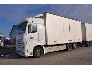 Lastbil med skåp MERCEDES-BENZ 2553 Actros