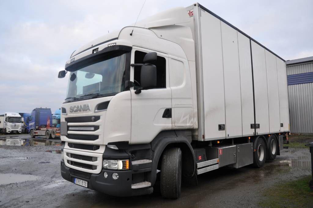 lastbil med skåp SCANIA R580 LB
