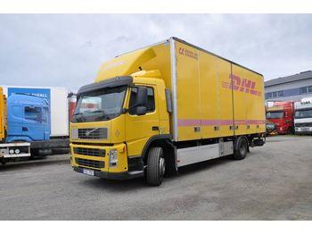 Lastbil med skåp VOLVO BM FM300 4X2