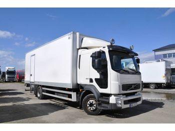 Lastbil med skåp VOLVO FL260 4X2